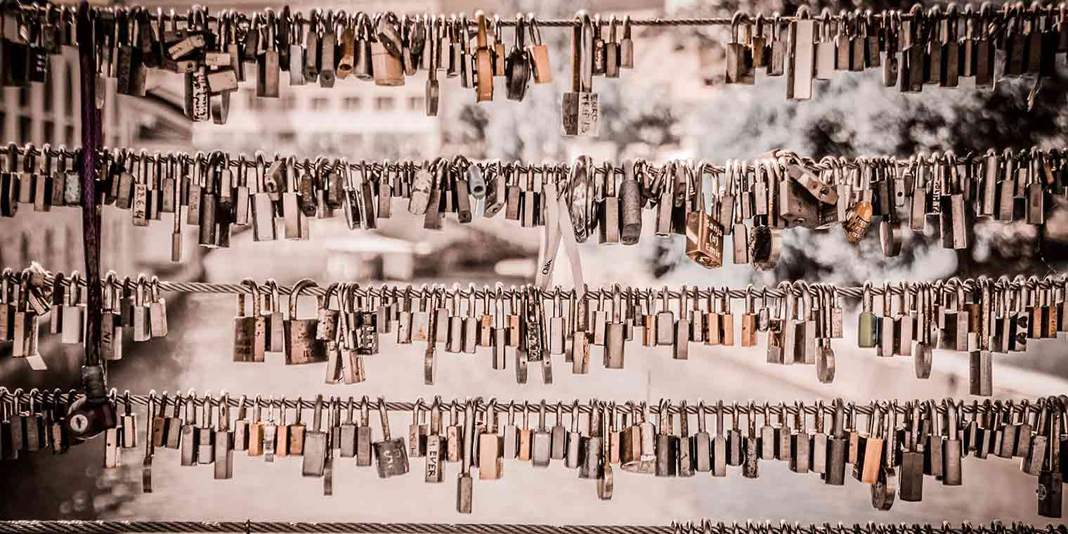 20 things you need to give up now - locks lined up beside and on top of each other